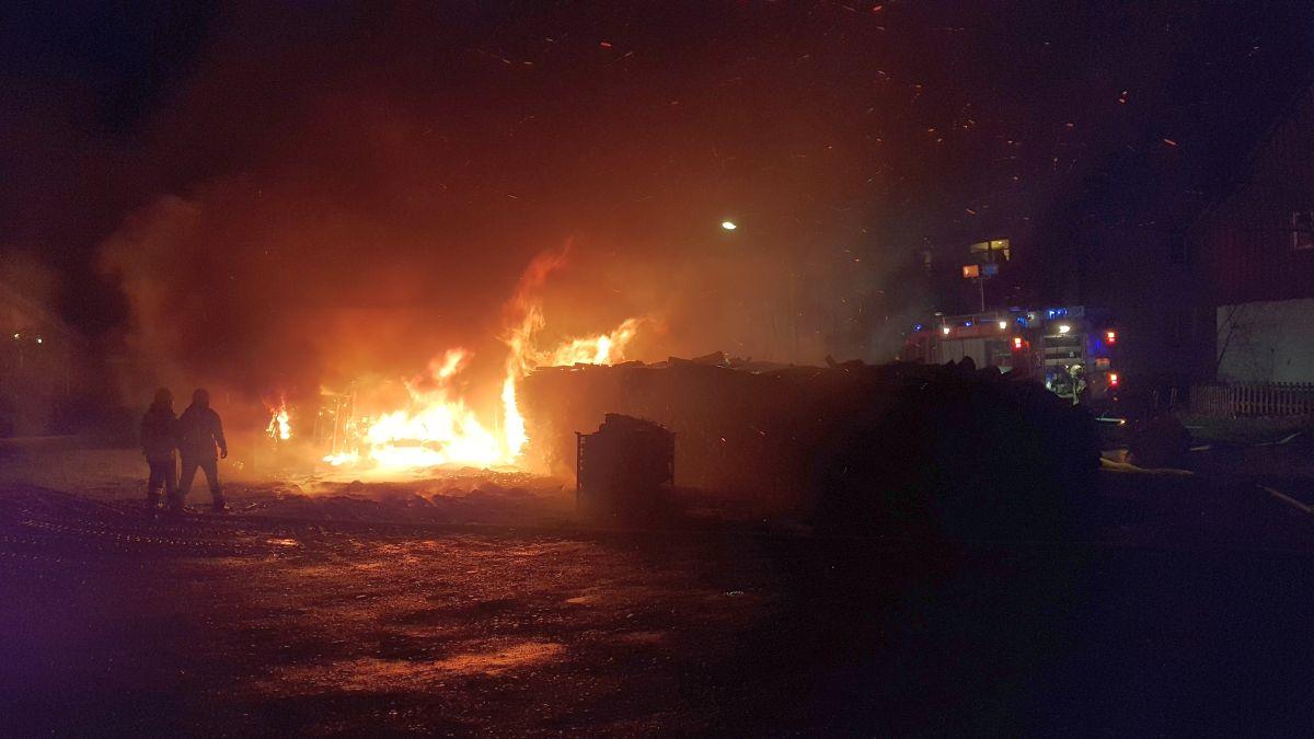 Feuer in Löd1ingsen